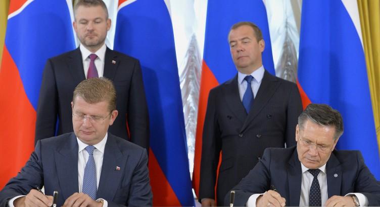 Slováci dali parádne góly. Získali všetky body a sú druhí v skupine Foto.